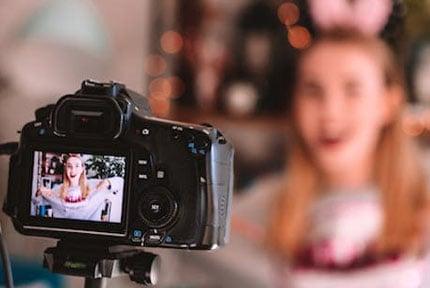 best vlogging cameras for 2018