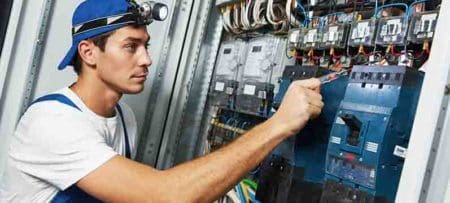 what does a ground fault circuit interrupter do